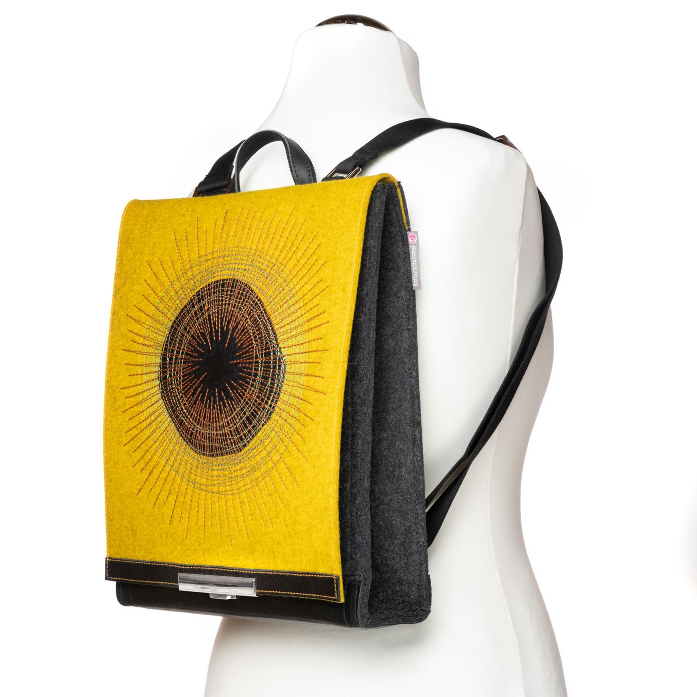 _DSC1632-Barbara-Rummel-Handtaschen-aus-Filz-und-Leder