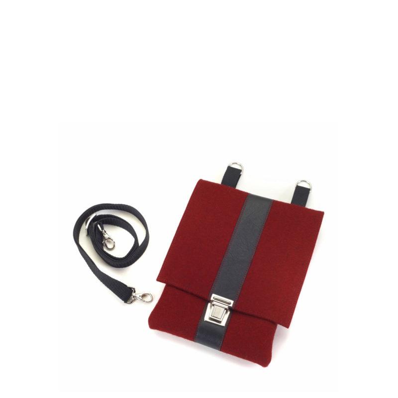 Handtasche Saskia aus Filz in der Farbkombination Kirsch-Schwarz